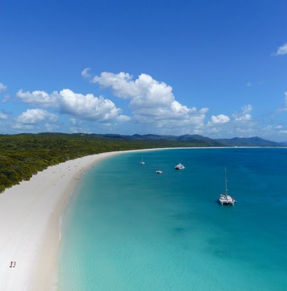qualia aerial view during Whitehaven Beach tour on qualia Atomic of Whitsunday Island and surrounds